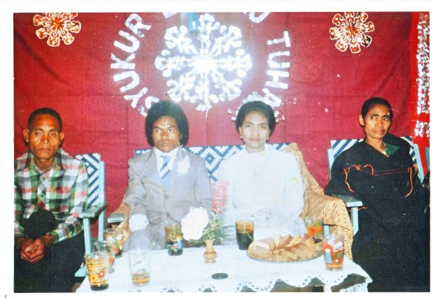 Bapa dan Mama Romo Rius waktu pernikahan kakak